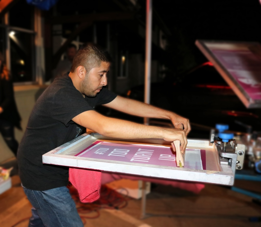 live-screen-printing-chimys-7